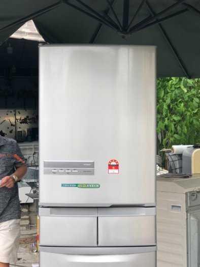 Tủ lạnh nội địa Hitachi R-S42BML 415 L đời 2012 ,công nghệ mới  #S42BMTtủ lạnh 5 cánh vừa đẹp trong lẫn ngoài mà còn tiết kiệm điện. Tủ còn mới >90% mặt trước không trầy xước, tiết kiệm điện 210kwh/năm 1 ngày chưa đến 1 số điện nha  Ngoài ra, khi mở cửa t11