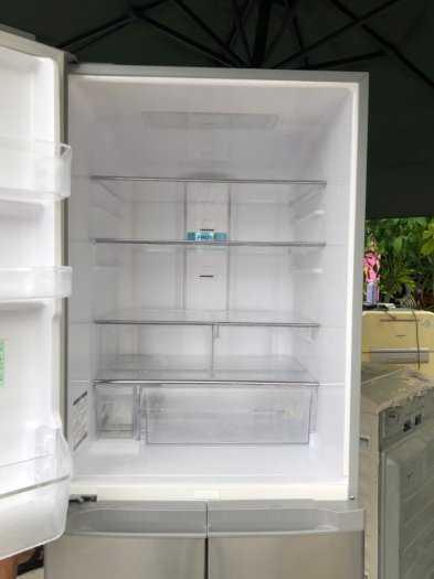 Tủ lạnh nội địa Hitachi R-S42BML 415 L đời 2012 ,công nghệ mới  #S42BMTtủ lạnh 5 cánh vừa đẹp trong lẫn ngoài mà còn tiết kiệm điện. Tủ còn mới >90% mặt trước không trầy xước, tiết kiệm điện 210kwh/năm 1 ngày chưa đến 1 số điện nha  Ngoài ra, khi mở cửa t5