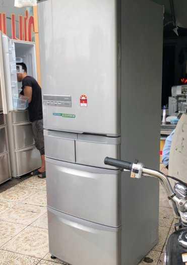 Tủ lạnh nội địa Hitachi R-S42BML 415 L đời 2012 ,công nghệ mới  #S42BMTtủ lạnh 5 cánh vừa đẹp trong lẫn ngoài mà còn tiết kiệm điện. Tủ còn mới >90% mặt trước không trầy xước, tiết kiệm điện 210kwh/năm 1 ngày chưa đến 1 số điện nha  Ngoài ra, khi mở cửa t2