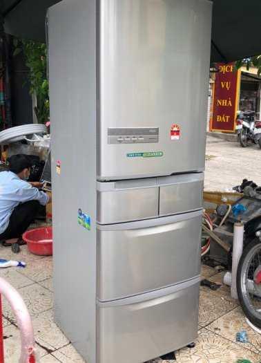 Tủ lạnh nội địa Hitachi R-S42BML 415 L đời 2012 ,công nghệ mới  #S42BMTtủ lạnh 5 cánh vừa đẹp trong lẫn ngoài mà còn tiết kiệm điện. Tủ còn mới >90% mặt trước không trầy xước, tiết kiệm điện 210kwh/năm 1 ngày chưa đến 1 số điện nha  Ngoài ra, khi mở cửa t1