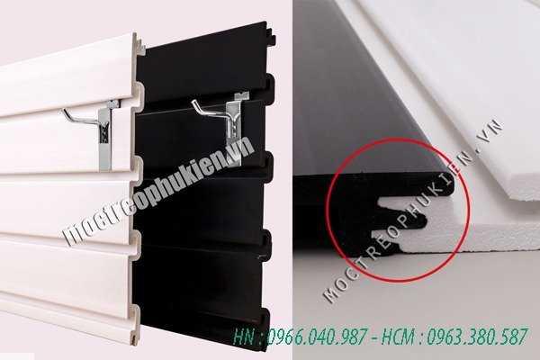 Tấm rãnh nhựa PVC cài móc treo, tấm slatwall PVC4