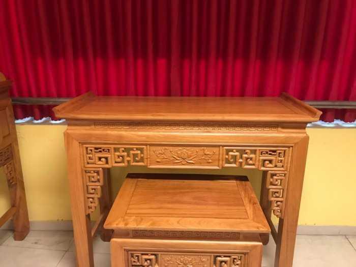 Bộ cặp bàn thờ và bàn cúng gõ đỏ triện hoa sen 1,53m SD10214