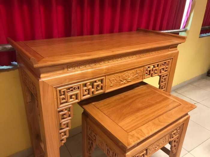 Bộ cặp bàn thờ và bàn cúng gõ đỏ triện hoa sen 1,53m SD10212