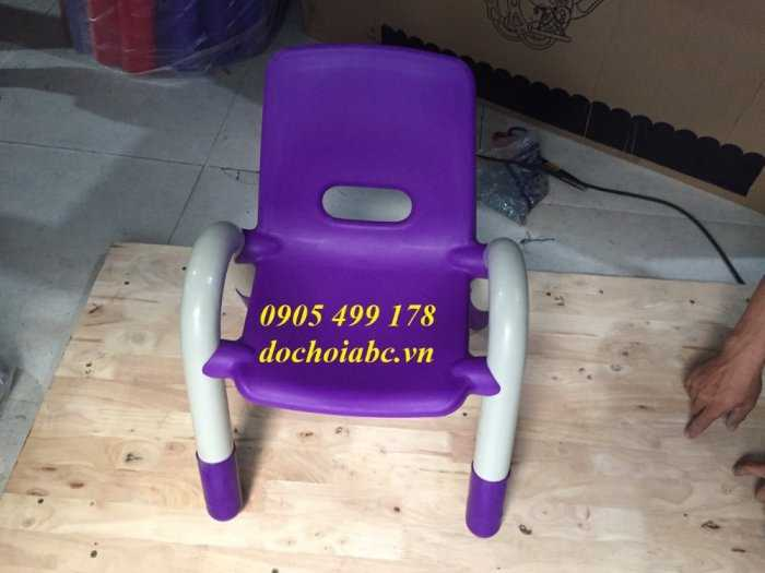 Ghế nhựa mầm non có tay vịn cho bé giá rẻ - chất lượng tại Đà Nẵng7
