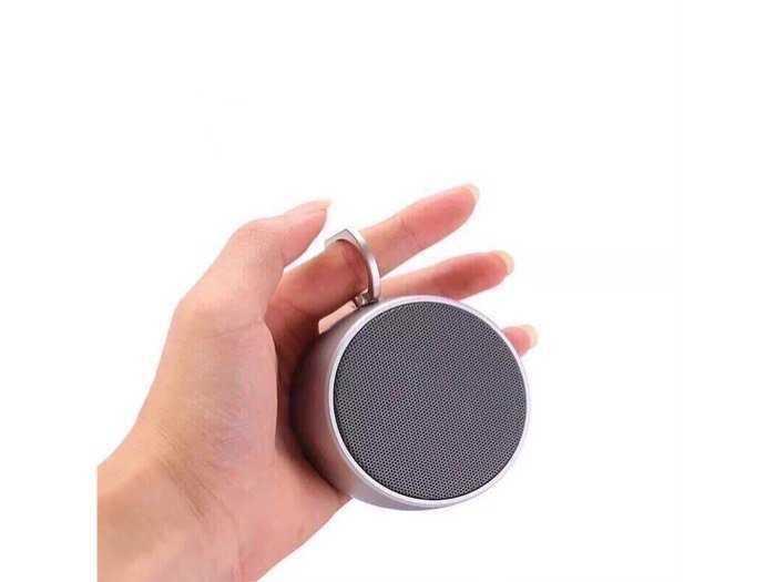 Loa Bluetooth nghe cực hay và chất , có báo dung lượng pin khi kết nối BS-022