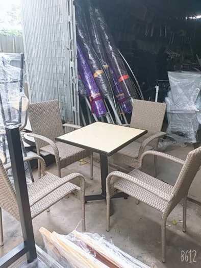 Bộ bàn ghế cafe giá rẻ1