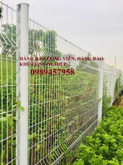 Sản xuất hàng rào lượn sóng, Hàng rào gập tam giác 2 đầu, Hàng rào mạ kẽm1