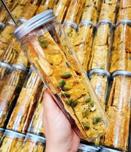 Hủ 150gr Bánh hạnh nhân hạt chia bí xanh đường ăn kiêng - Food by Mama0