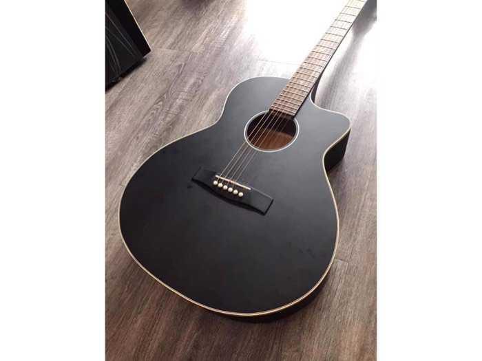 Guitar giá rẻ2
