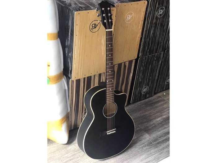 Guitar giá rẻ3
