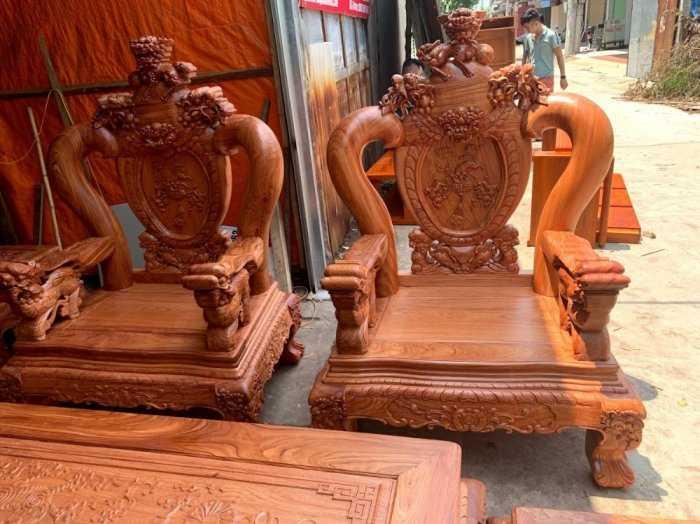 Bộ bàn ghế phòng khách nghê đỉnh tay 14 gỗ hương đá11