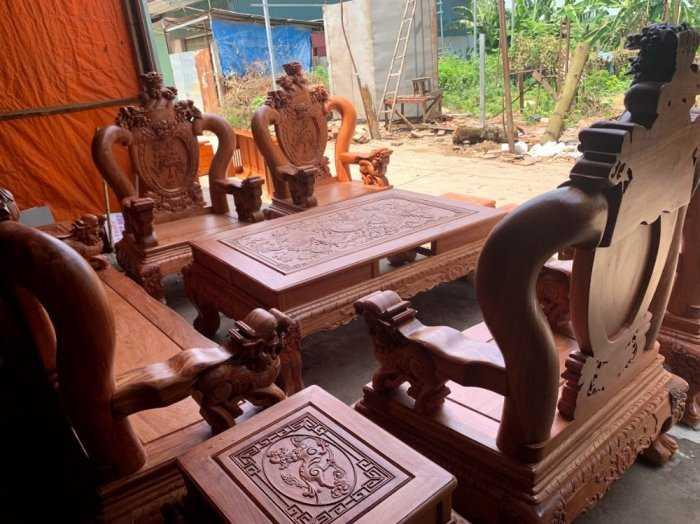 Bộ bàn ghế phòng khách nghê đỉnh tay 14 gỗ hương đá3