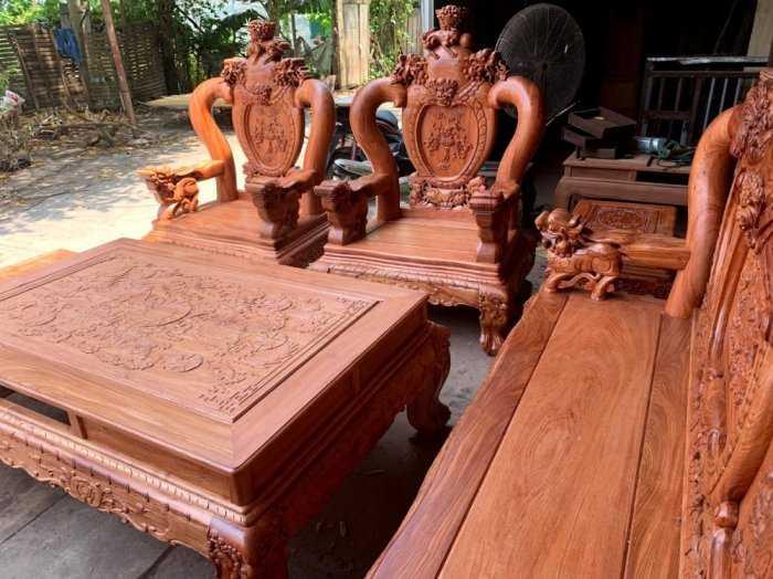 Bộ bàn ghế phòng khách nghê đỉnh tay 14 gỗ hương đá1