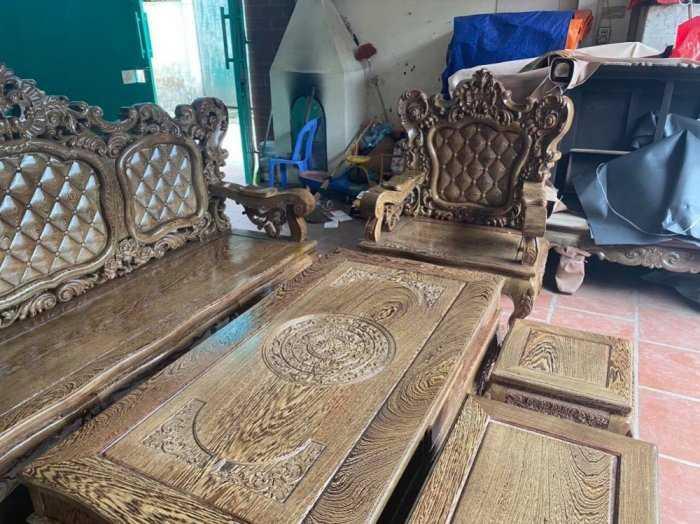 Bộ bàn ghế mẫu mới hoàng gia gỗ mun đuôi công4