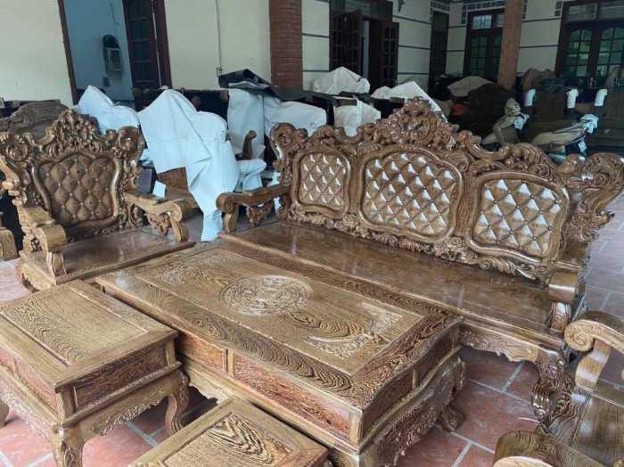 Bộ bàn ghế mẫu mới hoàng gia gỗ mun đuôi công2