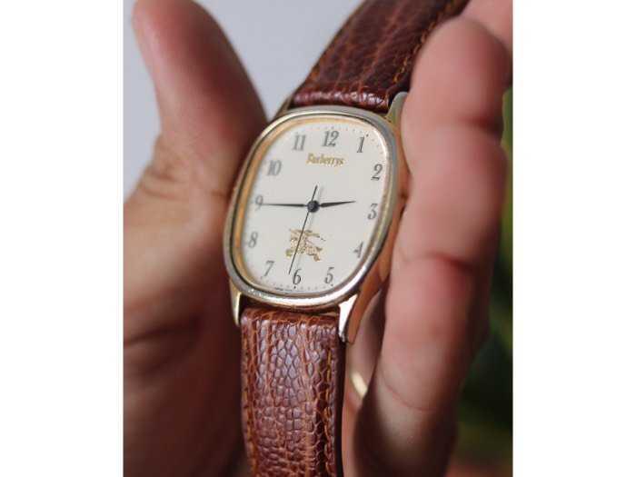 Đồng hồ burberrys london bọc vàng2
