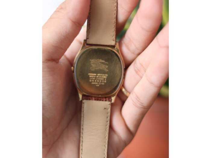 Đồng hồ burberrys london bọc vàng3