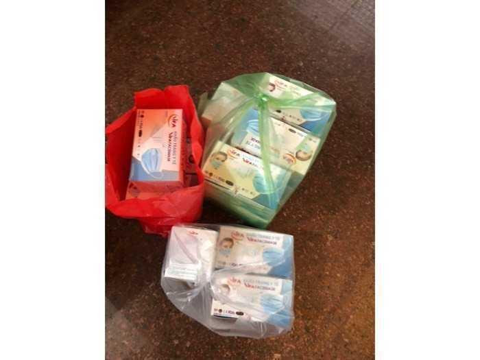 Khẩu trang y tế 4 lớp mua 3hộp giá 37k/1 hộp1