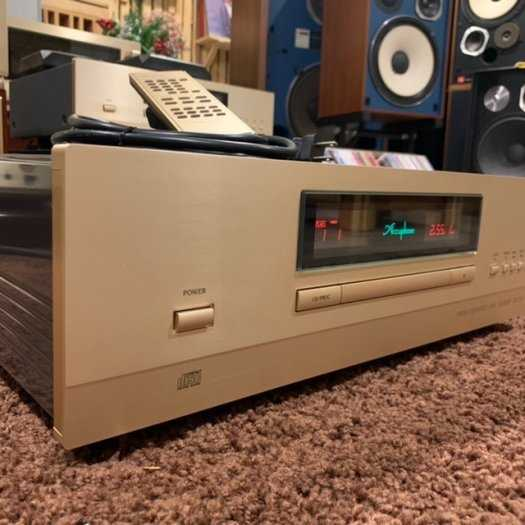 CD Accuphase DP-5105