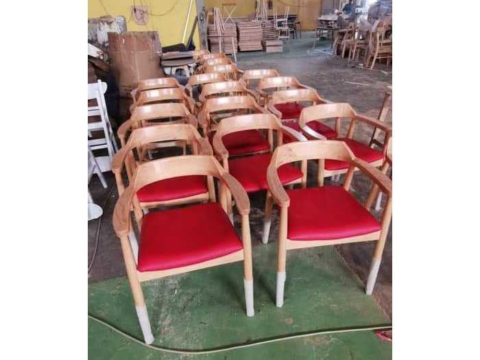 Ghế gỗ cafe,nhà hàng giá tại xưởng
