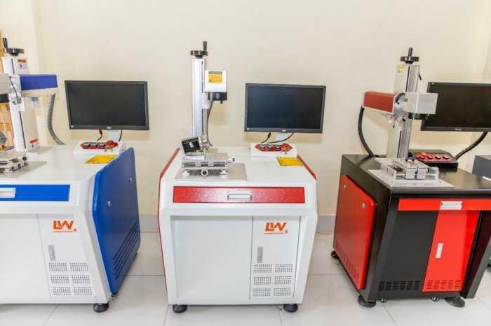 Máy khắc laser fiber5