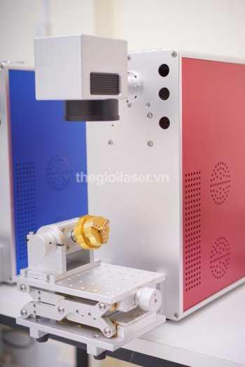 Máy khắc laser fiber0