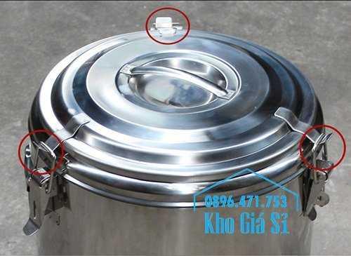Cung cấp thùng inox 2 lớp giữ nhiệt 20 lít đựng cơm canh nóng9