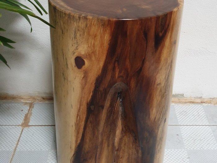 Đôn gỗ me tây tự nhiên a7 (d30cm x h50cm2