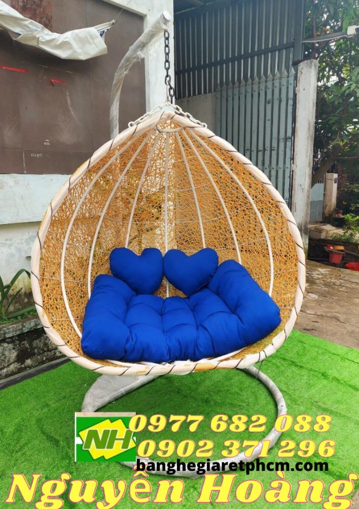 Mua ghế xích đu đôi đẹp Nội Thất Nguyễn Hoàng Sài Gòn