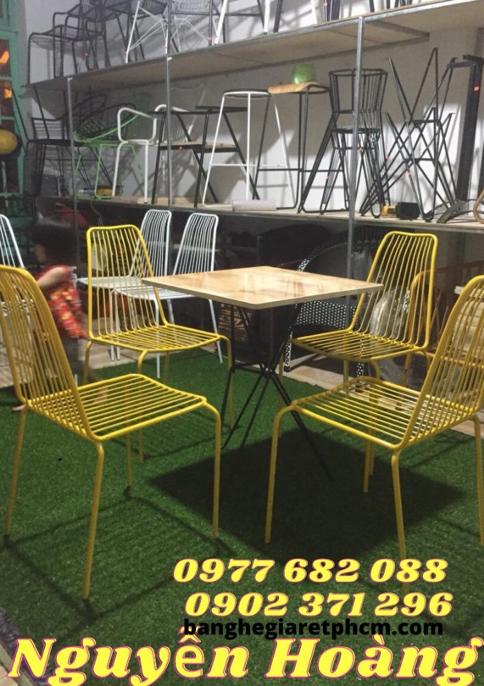Bộ Bàn ghế tăm,bàn gỗ 4 ghế sắt sơn tĩnh điện0