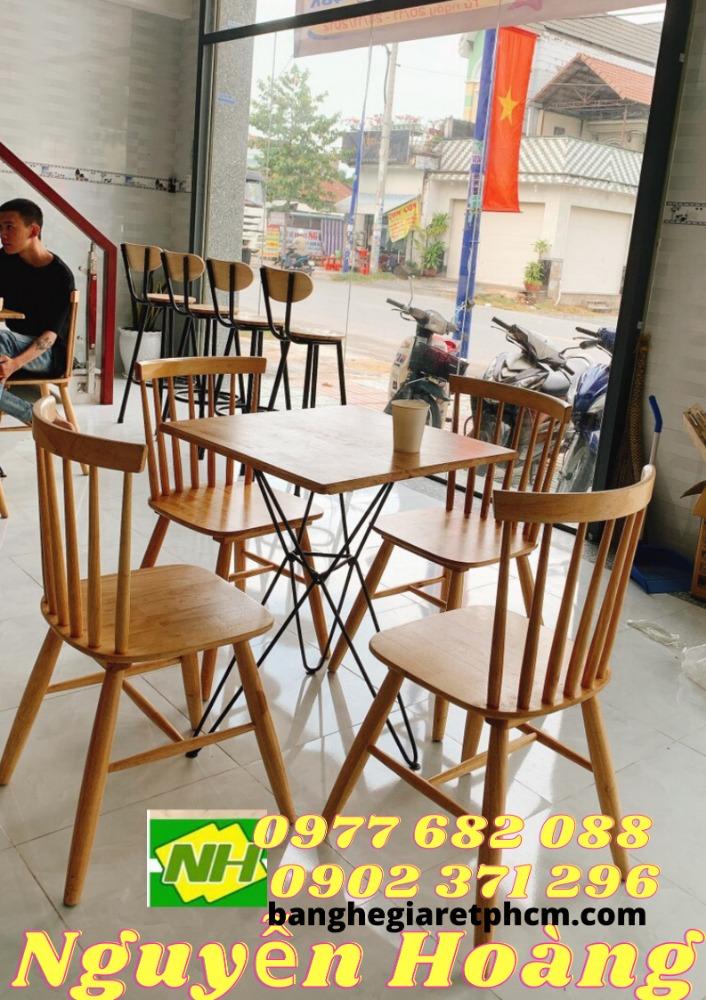 Ghế gỗ 4 cái bàn chân sắt mặt gỗ Nội Thất Nguyễn Hoàng Sài Gòn0