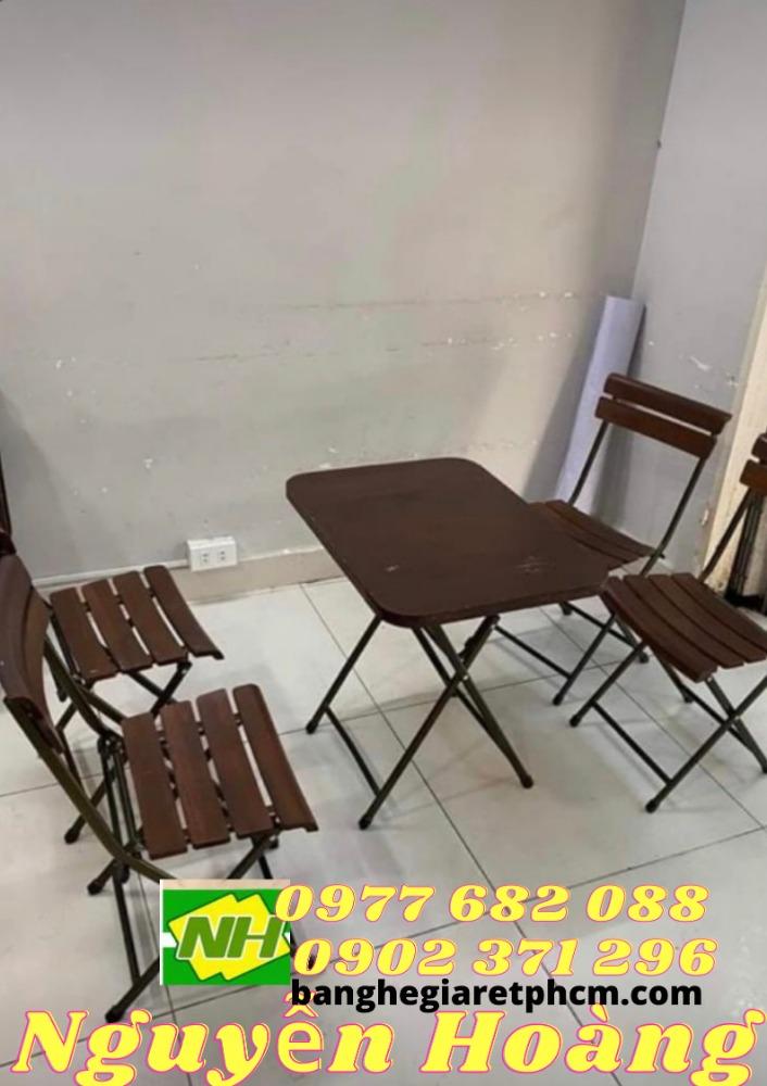 Bộ bàn ghế cafe ghế gỗ chân sắt xếp gọn Nội Thất Nguyễn Hoàng0