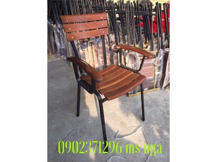 Ghế gỗ sắt cafe cực tốt Nội Thất Nguyễn Hoàng Sài Gòn1