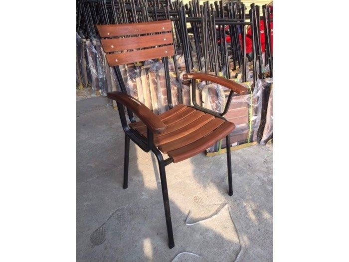 Ghế gỗ sắt cafe cực tốt Nội Thất Nguyễn Hoàng Sài Gòn3