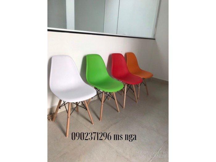 Ghế nhựa chân gỗ cafe Nội Thất Nguyễn Hoàng Sài Gòn1