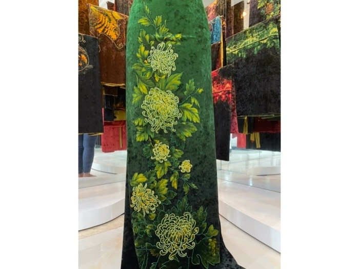 Vải áo dài nhung đính đá 9187-28-10 của vải áo dài Kim Ngọc3