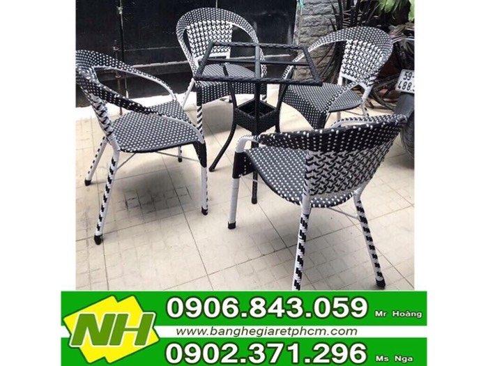 Bàn ghế nhựa giả mây giá tốt- nội thất Nguyễn Hoàng0