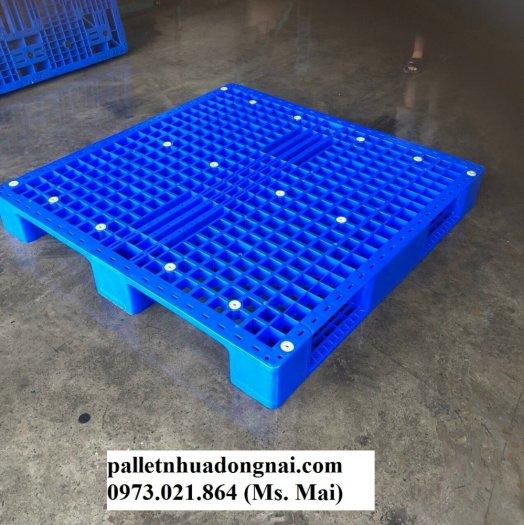 Bán Pallet nhựa đã qua sử dụng tại Bình Dương, giá giảm cực sốc3