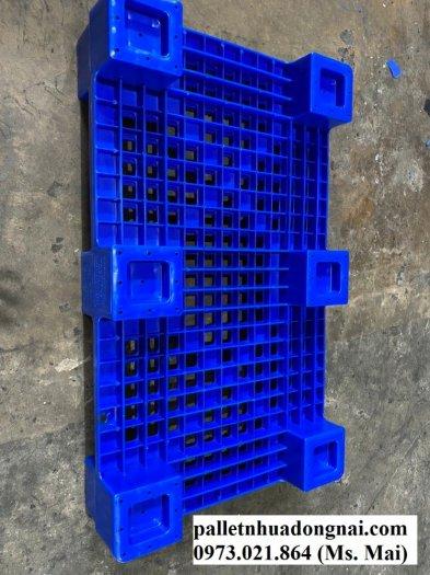 Bán Pallet nhựa đã qua sử dụng tại Bình Dương, giá giảm cực sốc1