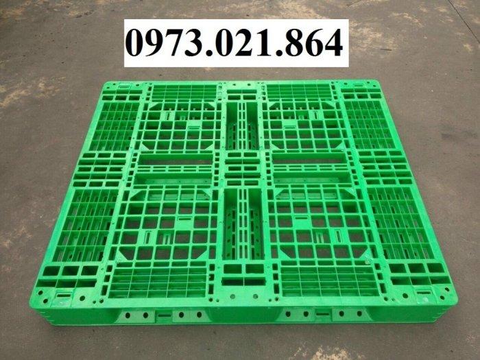 Bán Pallet nhựa đã qua sử dụng tại Bình Dương, giá giảm cực sốc0