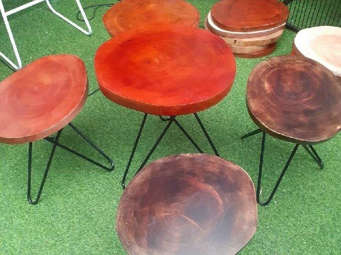 Bàn ghế cafe mặt ghế gỗ sà cừ giá sỉ tại1