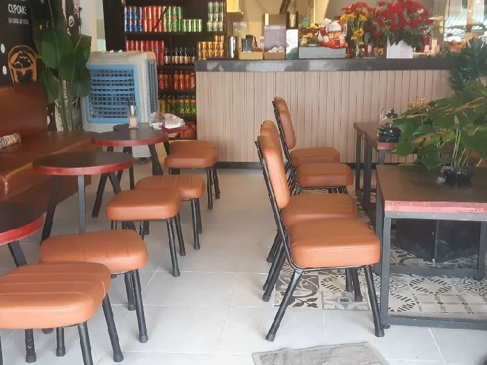 Bàn ghế cafe chân sắt mặt niệm simili gi