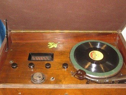 Chiếc đài quay đĩa điện tử  Telavox rất hiếm – có ảnh thật12