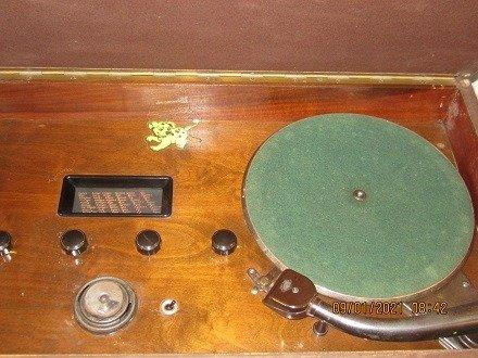 Chiếc đài quay đĩa điện tử  Telavox rất hiếm – có ảnh thật8
