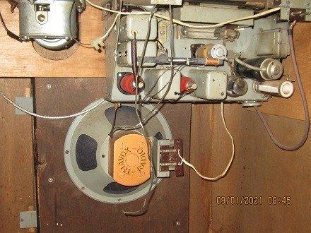 Chiếc đài quay đĩa điện tử  Telavox rất hiếm – có ảnh thật3