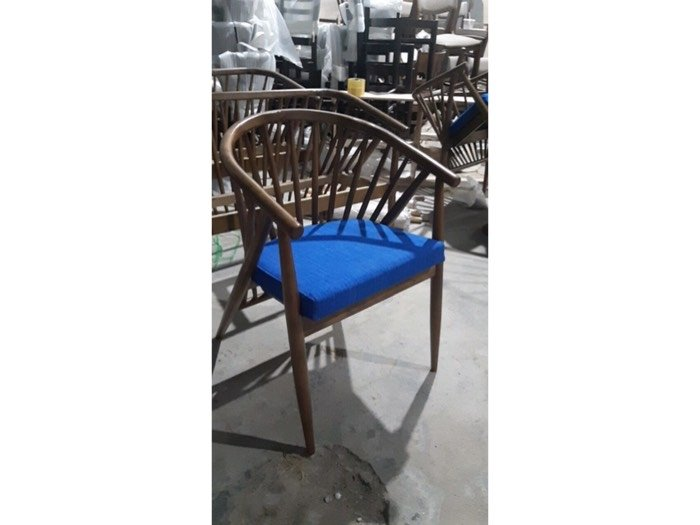 Bàn ghế cafe gỗ nệm giá xưởng - nội thất Nguyễn hoàng sài Gòn1