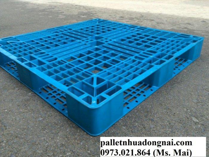 Pallet nhựa giá rẻ tại Đồng Nai13