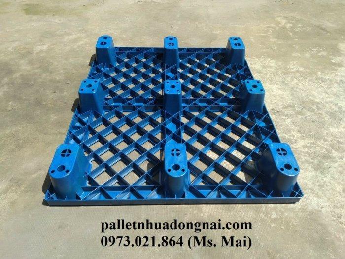 Pallet nhựa giá rẻ tại Đồng Nai11