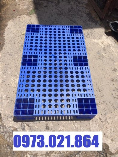 Pallet nhựa giá rẻ tại Đồng Nai0
