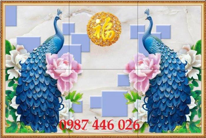 Gạch tranh chim công 3d ốp tường HP7547